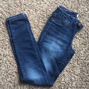 📦2/$20 Jessica Simpson Skinny Jeans